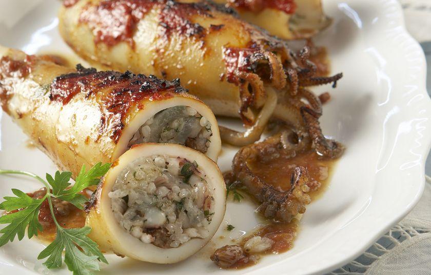 Γεμιστά καλαμαράκια από τη Σίκινο - Συνταγές - Πιάτα ημέρας   γαστρονόμος Κύπρου